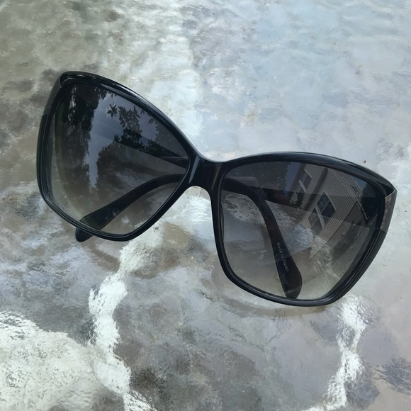 Oliver Peoples Accessories - Oliver Peoples never been worn sunglasses
